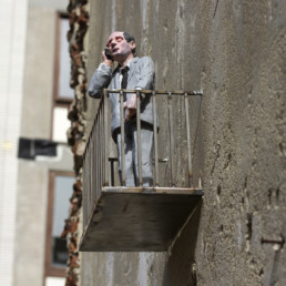 Isaac Cordal - The Crystal Ship 2016